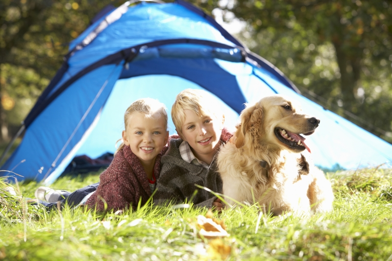 2192765-young-children-pose-outside-of-tent